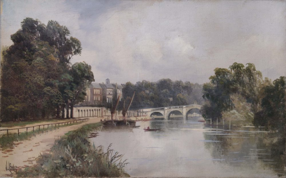 Cholmondeley Walk, looking towards Richmond Bridge