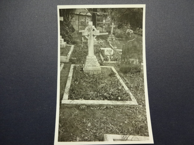 Barnes Cemetery – G.H. Chirgwin grave