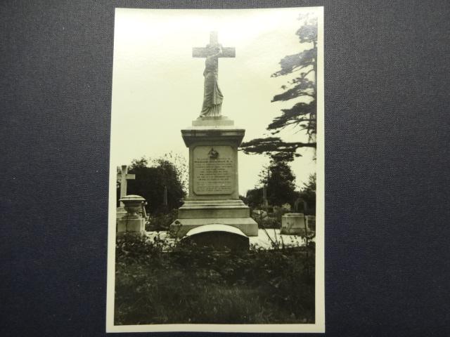 Barnes Cemetery – Hedgman vault
