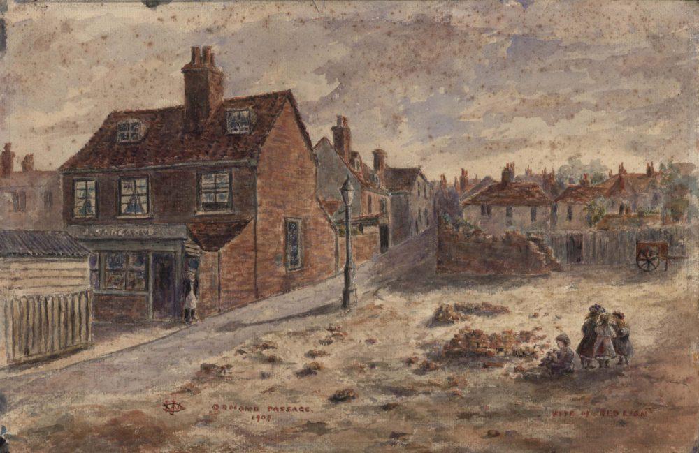 Ormond Passage, site of the Red Lion pub, Richmond 1909